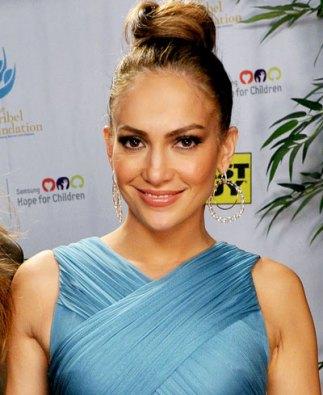 Jennifer Lopez's Soft Top Knot