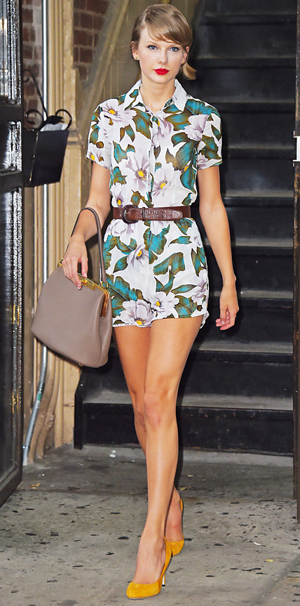 Taylor Swift in Topshop