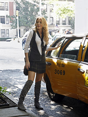 Serena Van Der Woodsen Gossip Girl over the knee boots