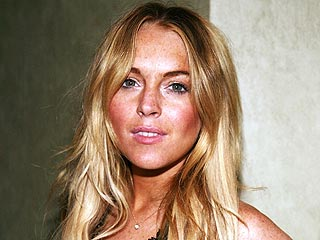 Lindsay Lohan Sued Over Alleged Fur Coat Theft  | Lindsay Lohan