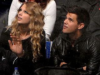 Taylor Swift: I'm on Team Jake