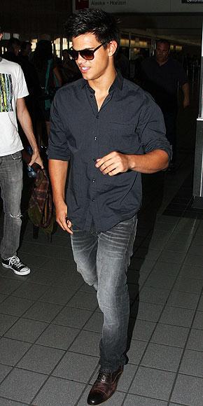 TAYLOR LAUTNER photo   Taylor Lautner