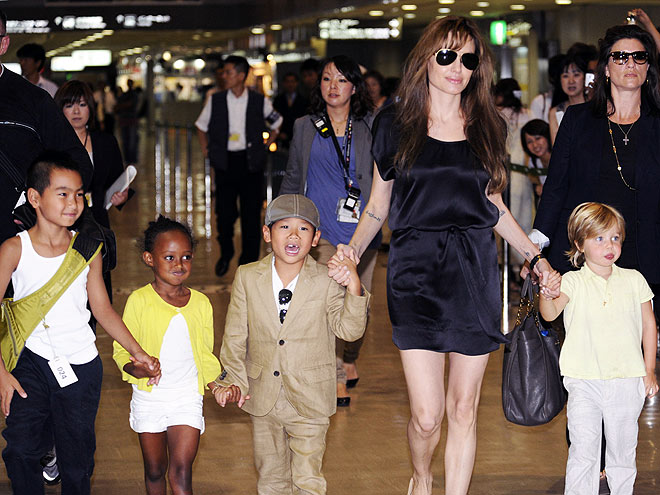 FOLLOW THE LEADER   photo | Angelina Jolie, Maddox Jolie-Pitt, Pax Thien Jolie-Pitt, Shiloh Jolie-Pitt, Zahara Jolie-Pitt