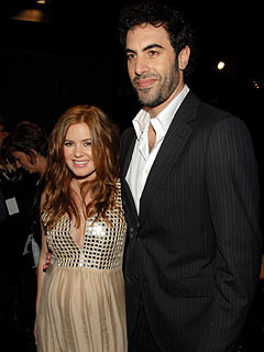 BUZZ: Sacha Baron Cohen and Isla Fisher Wed