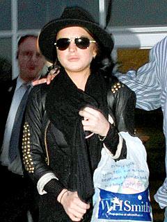 Lindsay Lohan Lands at LAX | Lindsay Lohan