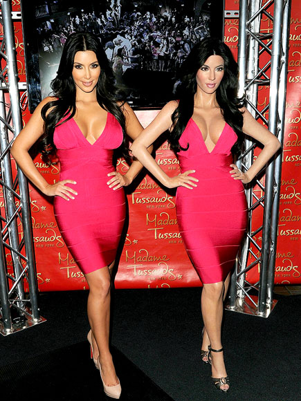 SEEING DOUBLE   photo | Kim Kardashian