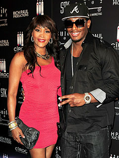 Vivica A. Fox Is Engaged!