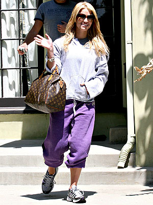 Jessica Simpson Is Ready to Marry – in Sweats
