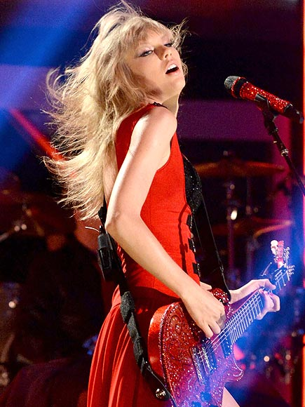HAIR ME ROAR photo | Taylor Swift
