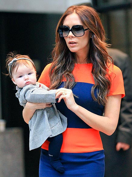POSH MOM: VICTORIA BECKHAM photo | Victoria Beckham