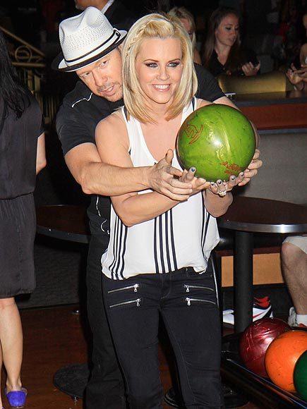 SUPER BOWL photo | Donnie Wahlberg, Jenny McCarthy