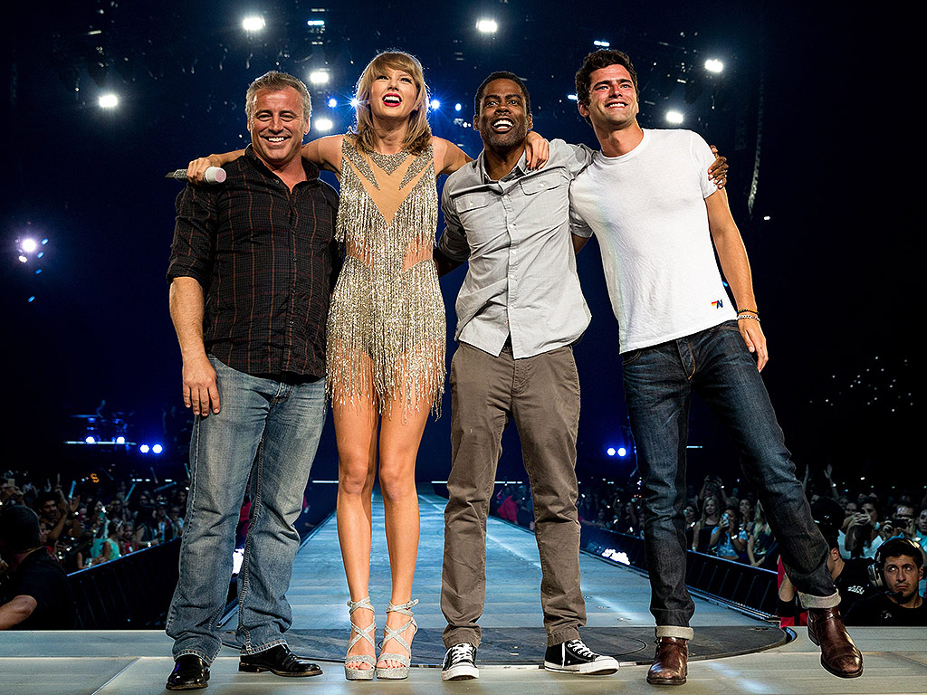 Taylor Swift Brings Mary J. Blige, Matt LeBlanc, Chris Rock Onstage in L.A.