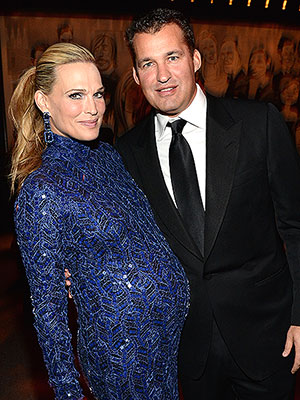 Molly Sims welcomes daughter