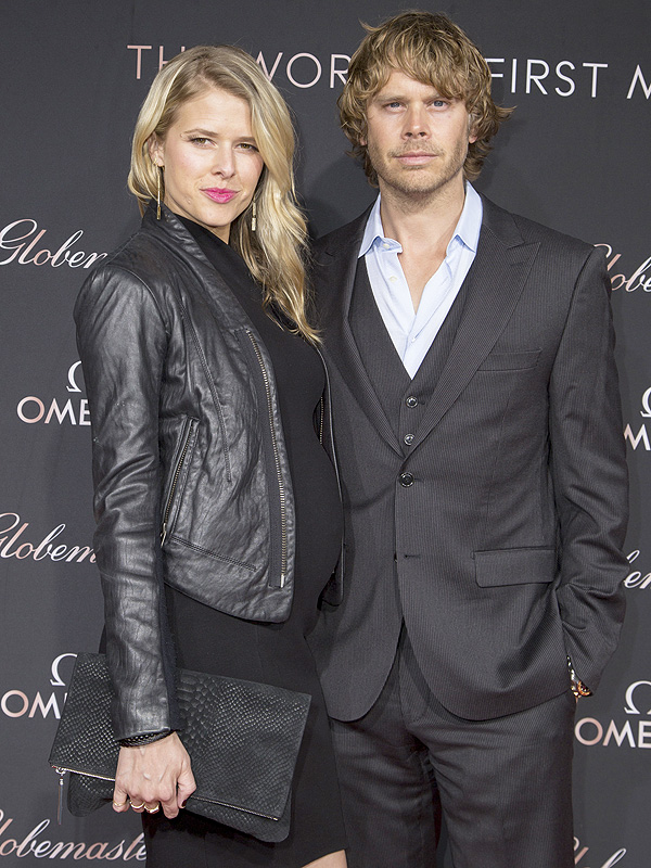 sarah wright olsen pregnant expecting second child with