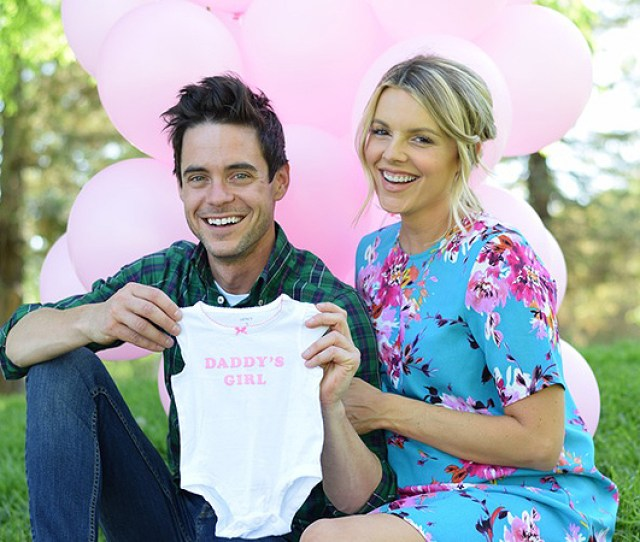 Baby Girl On The Way For Ali Fedotowsky She Will Be The Queen Of The House
