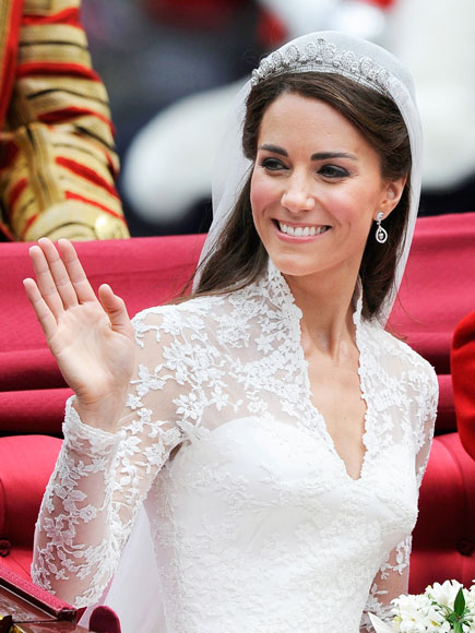 Photo, Princess Kate in wedding gown