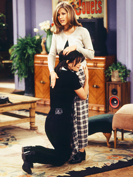 Ten years after this episode aired in April 1996, Aniston would guest-star in Cox's series Dirt, playing her rival.