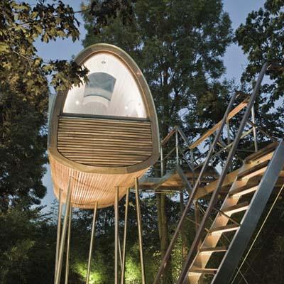 froschkoenig treehouse by bauraum treehouse designers