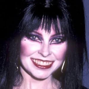 What Elvira Mistress Of The Dark Looks Like Today ZergNet