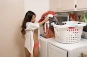 MetArt – Vina Sky – Washing Clothes