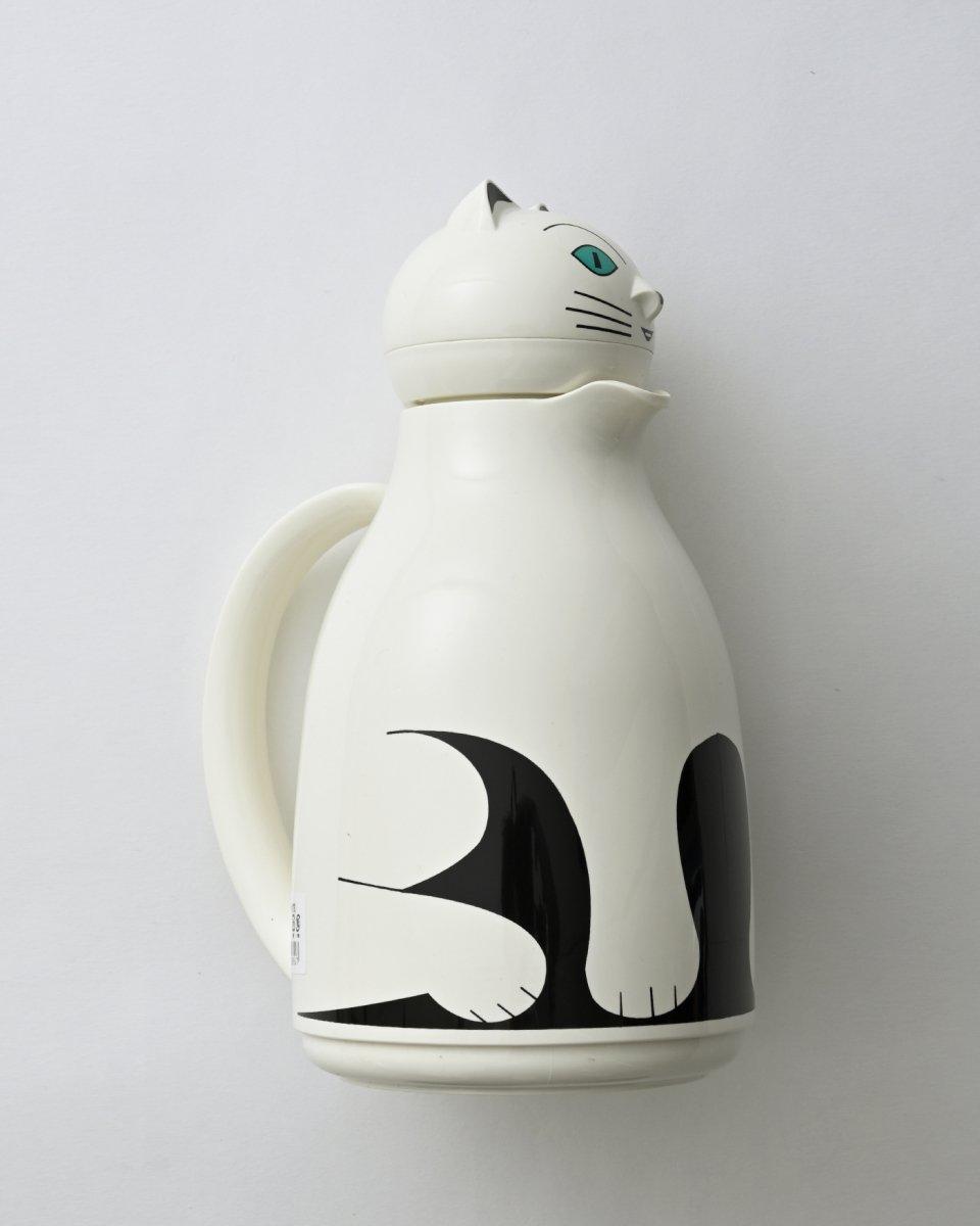 猫の魔法瓶の写真