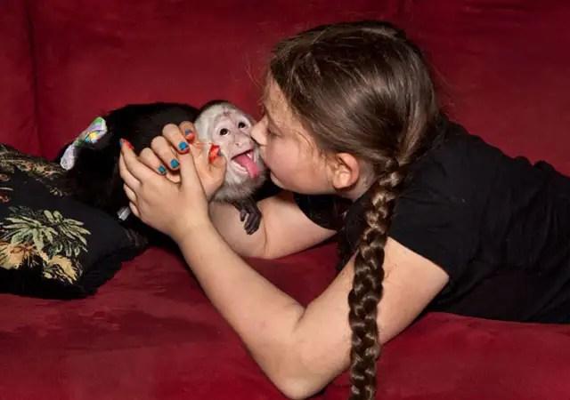 robinschwartzmono - La fotógrafa Robin Schwartz muestra la conexión de su hija con animales de todo tipo
