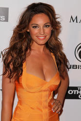 Kelly Brook shows great cleavage promoting Piranha 3D at 2010 Comic Con - Hot Celebs Home