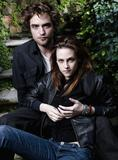 Kristen Stewart and Robert Pattinson Vanity Fair outlike - 2008 photoshoot - 1UHQ
