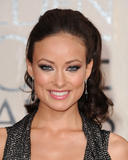 Olivia Wilde looks gorgeous in low-cut dress as she attends 67th Annual Golden Globe Awards - Hot Celebs Home