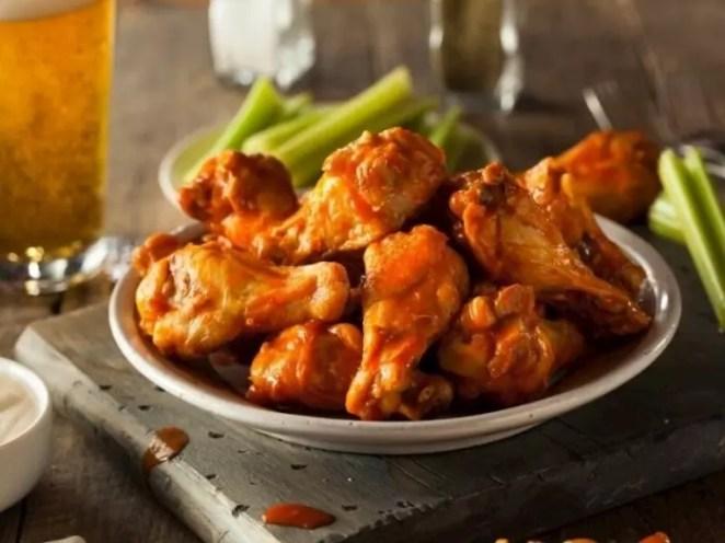 Bufalo soslu kanat nasıl yapılır? Buffalo Wings tarifi nasıl, malzemeleri neler? 15
