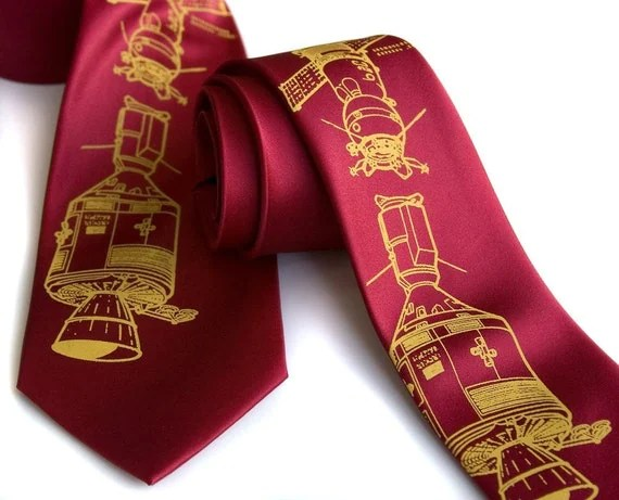 Cosmonaut tie, Apollo-Soyuz red necktie - Soviet Red edition. Choose regular or narrow width.