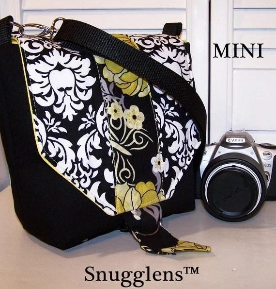 Digital SLR messenger DSLR Padded Camera  Bag MINI womens camera case yellow-black-damask Sale Reg 70