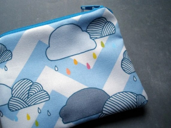 Chevron Stripe Rain Drops Coinpurse in Organic Cotton - PocketCarnival