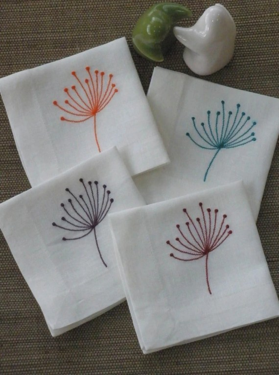 Queen Ann Flower Cocktail Napkins - Off White Linen Napkin with  Flower Embroidery -  Set of 8 Embroidered cloth napkins - KainKain
