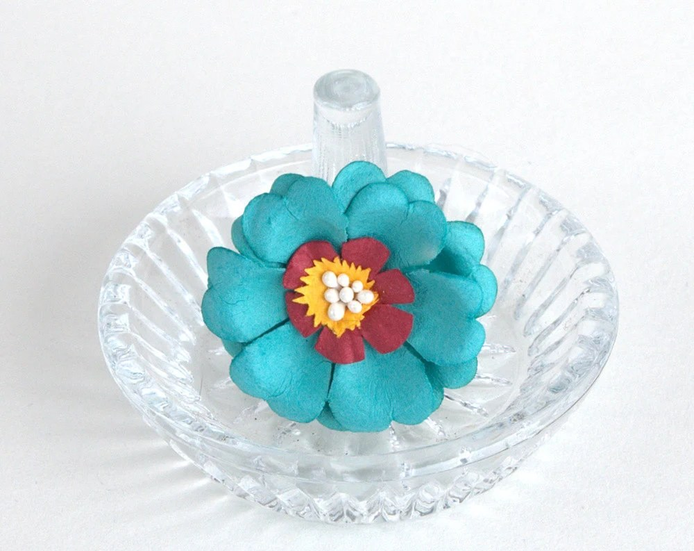 Happy Aqua Blue Flower Ring - BlackMagicStudio