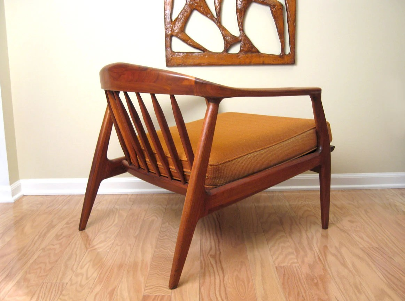 Danish Modern Walnut Lounge Chair Milo Baughman for Thayer Coggin - signed