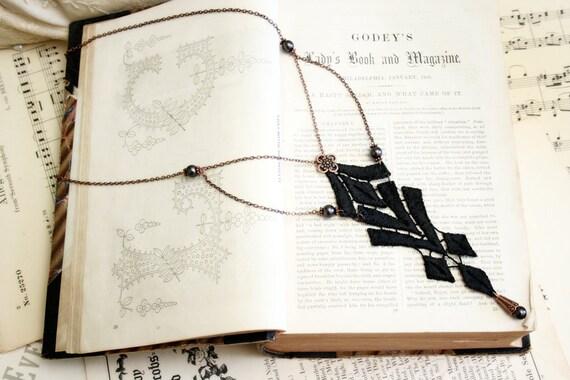 lace necklace -ZALIKA- (black)