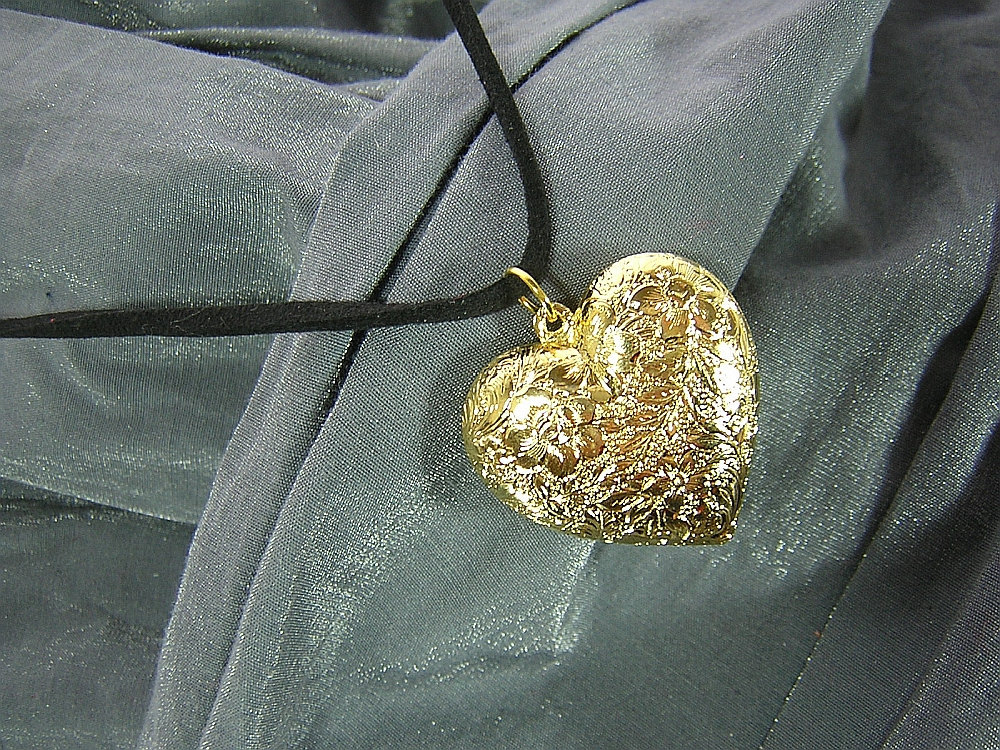 Large Puffy Floral Embossed Golden Heart Simple Charm Necklace - Handmade by Rewondered D225N-00371 - $7.95