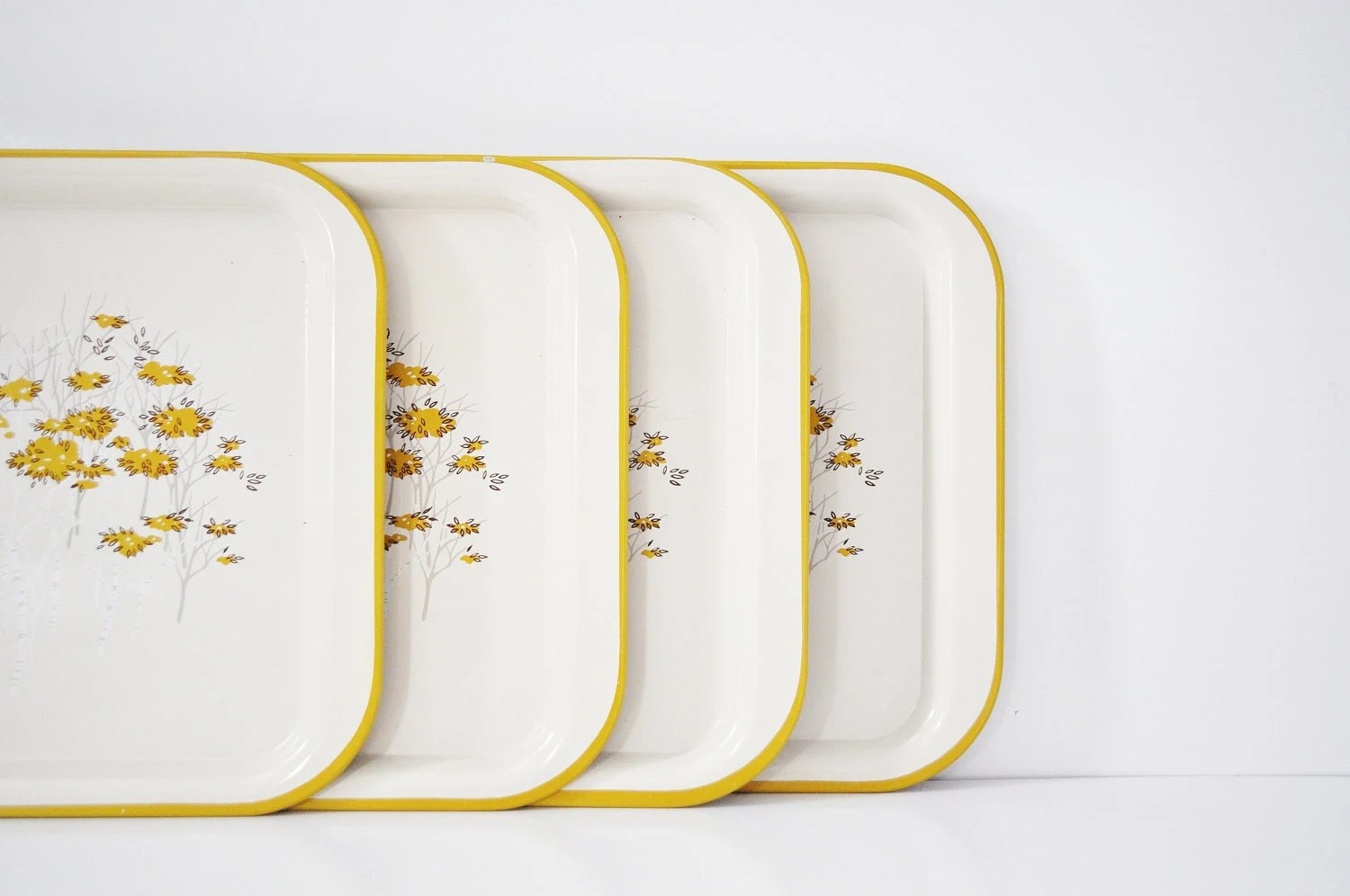 Mid-Century Serving Tray - thewhitepepper