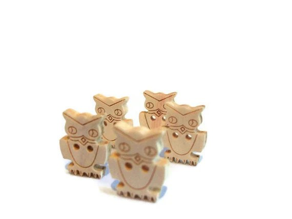 Wood Owl Buttons - Five - Woodland Creature - Natural - grimmlynn