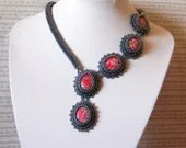 Flower Queen - Bead embroidery Necklace - lutita