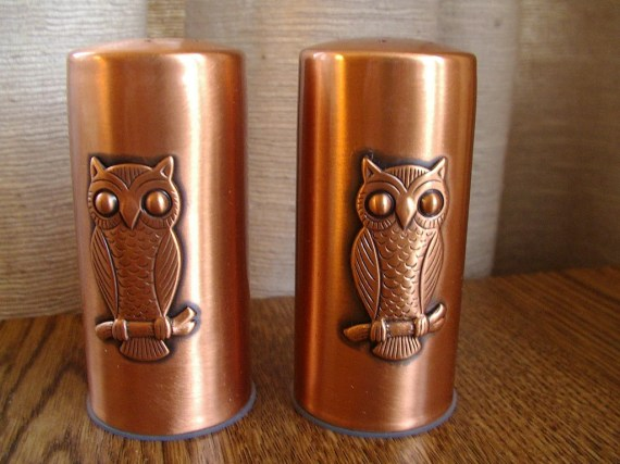 vintage 1970s copper OWLS salt and pepper shakers with no patina very clean - OurVintageHouse