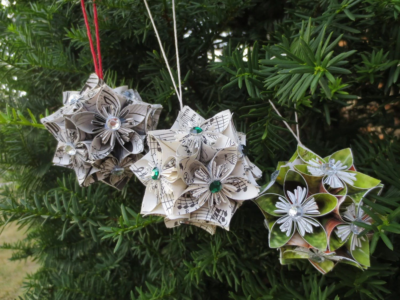 Kusudama flowers dans votre sapin de Noël