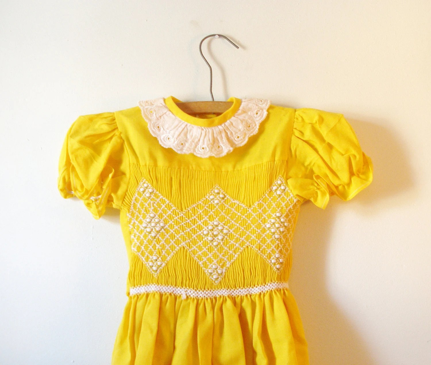 Here Comes the Sun Yellow and White Flowery Hand Smocked Vintage Easter Dress 1950s (Girls Size 6T) - ThingsILikeVintage