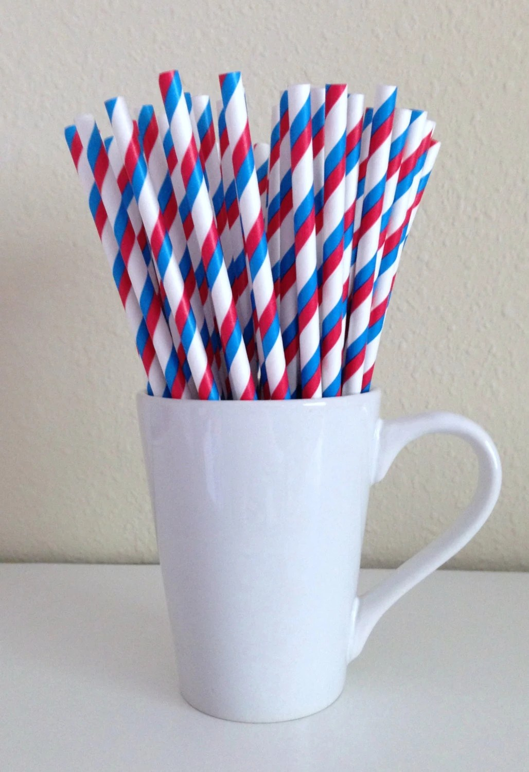 Paper Straws - Red White and Blue Striped Patriotic Party Straws (25) And Printable Drink Flags - PuppyCatCrafts