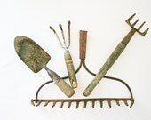 Vintage Garden Tools, Vintage Gardening, Garden Art, Garden Display - BlueMoonCollectibles