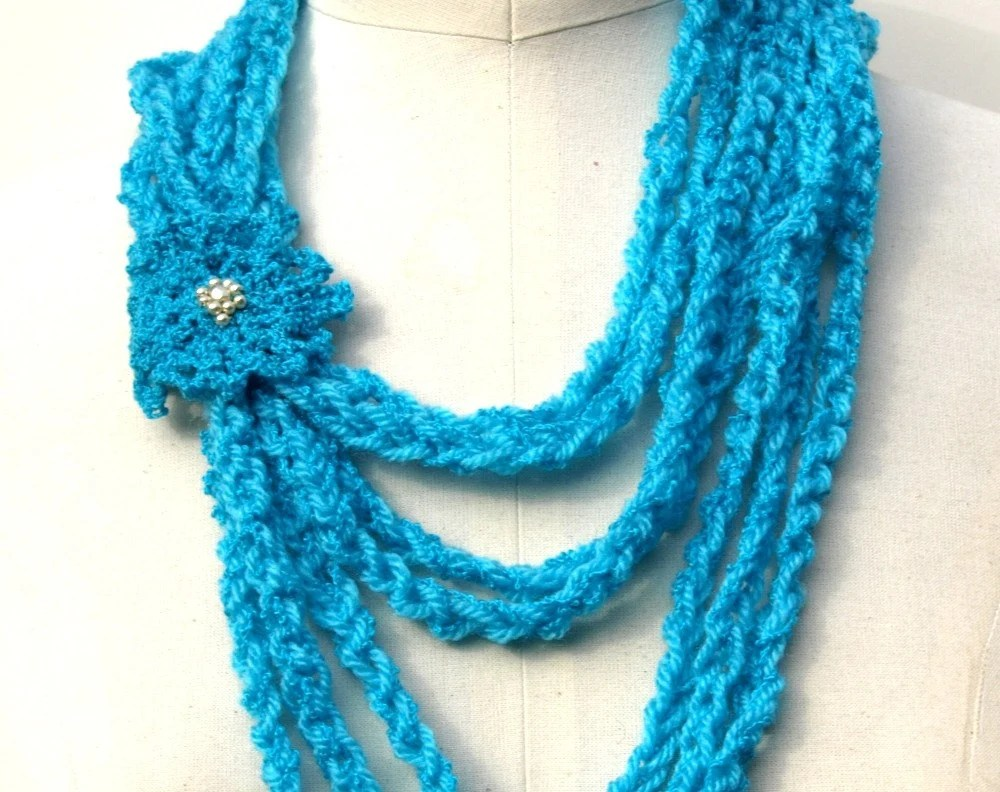 turquoise crochet necklace with beaded pin