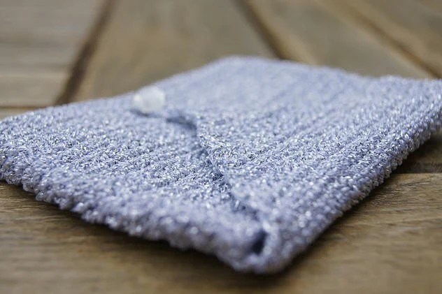 Crochet glittery purse
