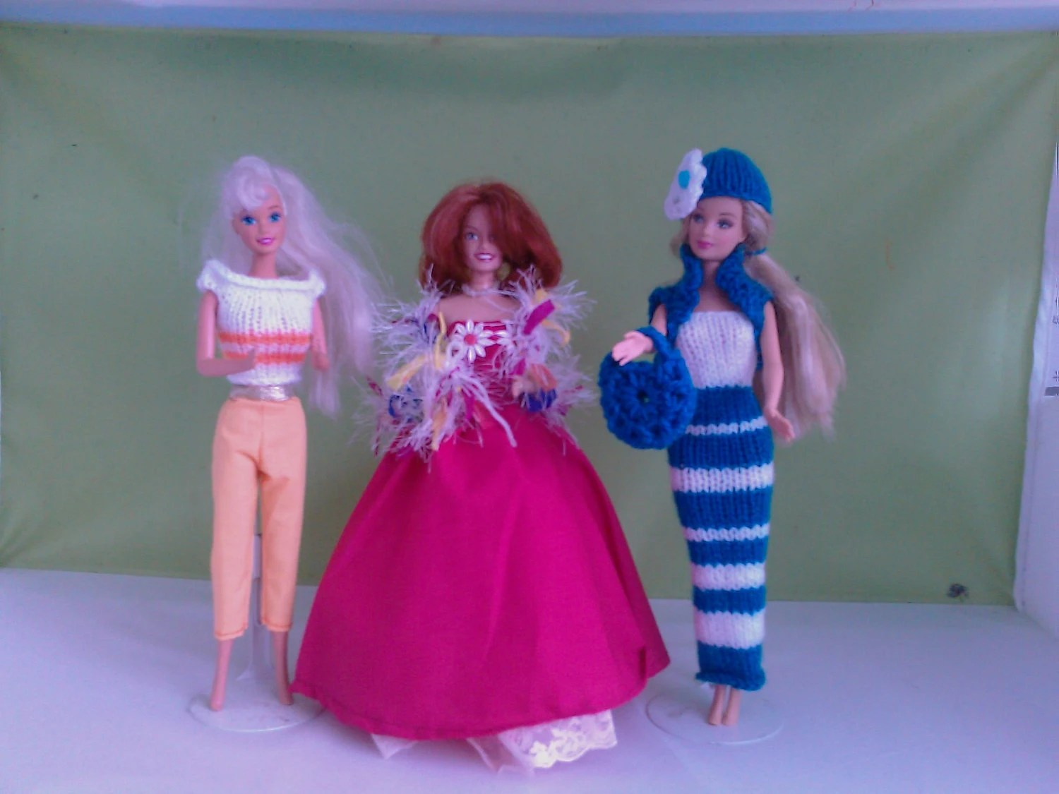 BARBIE DOLL CLOTHES  handmade dress. petticoat, shawl, trousers, top, stripe dress, bolero, bag, hat, ( 9 items) M 126 X 41