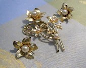 Vintage CORO Brooch and Earrings, Gold tone Floral Bouquet with Faux Pearls